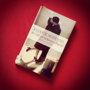Patrick Modiano - Im Café der verlorenen Jugend