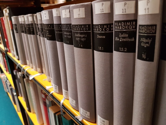 Die Nabokov-Gesamtausgabe in der Paderborner Universitätsbibliothek.
