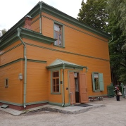 """Tolstois """"Villa""""."""